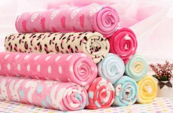 Какие используются ткани для пошива детской одежды в зимнее время года?